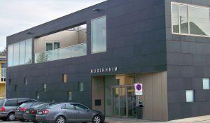 Fassade Basalt-Schwarz