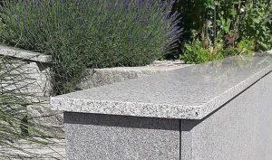 Mauerabdeckung aus Diamond-Grey Poliert